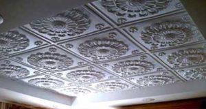 Наклеивание потолка пенопластовой плиткой