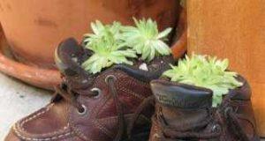 Поделка из обуви в интерьере квартиры
