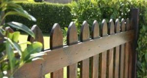 Возвести забор на даче самому возможно