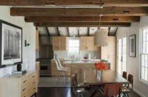 Деревянные потолочные фальшбалки и их применение