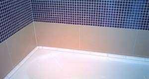 Выбор и установка плинтуса для ванны