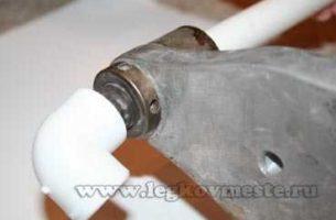 Соединение пластиковых труб с помощью сварки