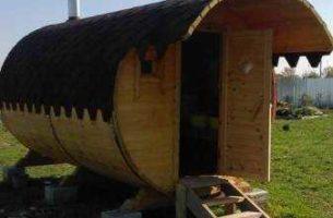Как построить баню бочку из кедра своими руками