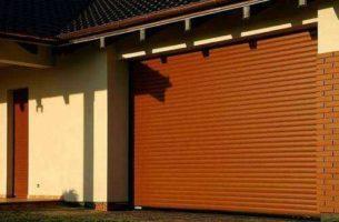 Рулонные ворота: особенности, плюсы и минусы