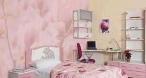 Новые тенденции – как подобрать шторы к розовым обоям