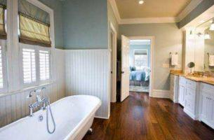 Паркет в ванной – миф или реальность