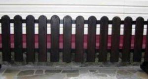 Как возвести декоративный заборчик для сада — пошаговая инструкция с фото