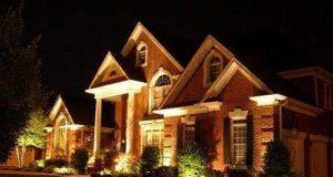 Красивое освещение дома. Свет внутри и снаружи