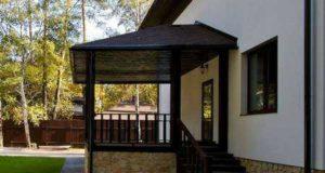 Конструкция крыльца с вальмовой крышей: преимущества и расчеты