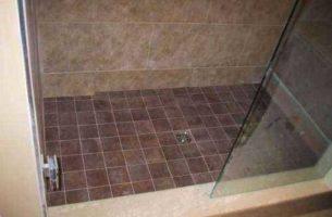 Как сделать слив в полу в душе, в бане, установка трапа