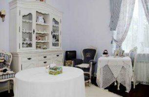Комод: стильный предмет интерьера городской квартиры и загородного дома