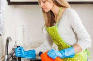 Засоры в канализации частного дома: причины, способы устранения
