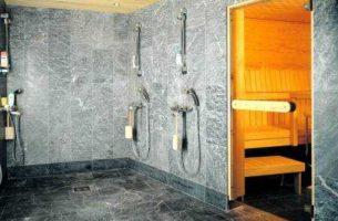 Как положить кафельный пол в бане
