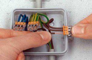 Соединение проводов с помощью клемм: виды, преимущества